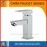 Robinet en laiton de bassin de bonne salle de bains de ventes (CB-33201)