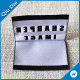 Étiquette tissée pliée par centre de bonne qualité pour des accessoires d'habillement