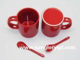 Tasse rouge de porcelaine avec la cuillère de Chb016