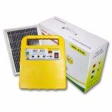 ホームのための料金が付いている携帯用6W 8W 10W DCのSolar Energyパワー系統の照明キット