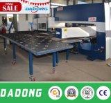 Цена пробивая машины башенки CNC металлического листа механически от фабрики