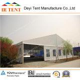 Tente de stockage moyenne avec des murs en acier