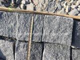 最も低く暗い灰色の連結の花こう岩のペーバー、花こう岩の玉石