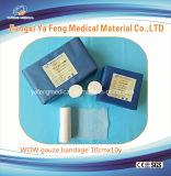 Branqueados bandagem de gaze de pacote de papel azul