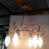 Livingroom Six Lights Opal Vidro branco Flower Shape Chandelier