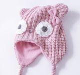 Sombrero hecho punto rosado del trampero del bebé