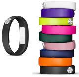 Wristband feito sob encomenda do silicone de Debossed com a cor enchida