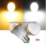 세륨과 Rhos 5W E27는 백색 백색 LED 빛을 데운다