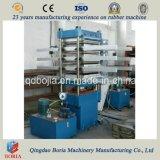 La tuile en caoutchouc de la vulcanisation Appuyez sur la vulcanisation du caoutchouc, mosaïque, appuyez sur la machine hydraulique