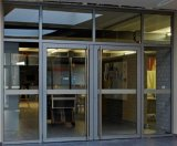Doppie entrate principali di vetro lustrate di alluminio della stoffa per tendine usate posto commerciale (ACD-009)