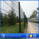 PVC pintado 3 D soldado Wire Fence instalação com preço de fábrica
