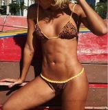 2017 Damen übersteigen den Verkauf der Bikinis auf Lager