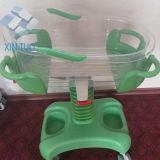 調節可能な高さおよび車輪が付いている病院の赤ん坊のまぐさ桶のトロリー