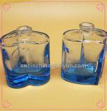 香水の青いカラー50mlのためのハート形のガラスビン