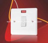 Enchufe de socket cambiado poste de la cuadrilla 13A 1 de las BS 1363 solo con el neón