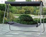Oscillazione esterna della casa dell'oscillazione del giardino dell'oscillazione