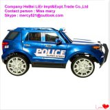 Езда полицейской машины преследования 12V заряжателя доджа Trax малыша дальше