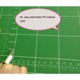 Zerroの自己の治療の切断のマット格子の24のx 18インチおよび趣味(A2)を縫うクラフトのための角度