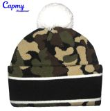 Sombrero de la gorrita tejida con el surtidor del modelo de Camo