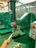 Pneumohydraulic 실린더를 가진 각자 결말을 내는 기계