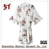 As mulheres de poliéster OEM's Sweet Flower vestido de padrão