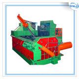 Baal die van het Metaal van het Schroot van het afval de Automatische Ijzerhoudende Machine maken