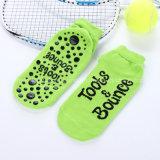 Calzino su ordinazione del trampolino dei calzini della pinsa del materiale cotone/dello Spandex e del pistone del gruppo d'età degli adulti