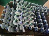 China Ce&cb de aluminio de plástico de gran cantidad de lúmenes Ra>80 Bombilla LED