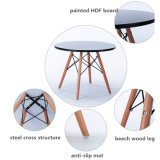 La moderna de la Pierna de madera redonda simple mesa de comedor