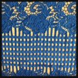 Проверите шнурок гипюра ткани шнурка вышивки