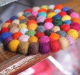 Garnitures de bille de laines de couleur verte de décoration de Tableau