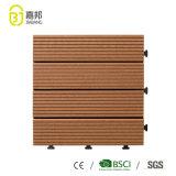 WPC 중국에 있는 물자 옥외 DIY 맞물리는 목제 플라스틱 합성 단단한 Decking 위원회에 의하여 박판으로 만들어지는 지면 도와