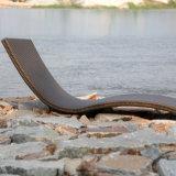 Горячий отдых ротанга пляжа плавательного бассеина сбывания предводительствует стул палубы пляжа Sunbed салона