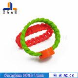 Divers bracelet imperméable à l'eau d'IDENTIFICATION RF de silicones de puce pour baigner des centres