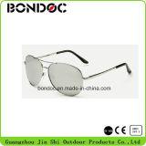 Châssis métallique populaires lunettes de soleil Lunettes de soleil l'homme de sexe masculin