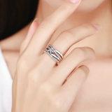 Anello Twisted dei monili di istruzione della stella dell'argento sterlina dell'anello di cerimonia nuziale dell'accumulazione della molla 925