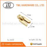 금 색깔 핸드백 훈장 기계설비