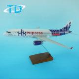 Модель самолета полимера Hongkong Express A320 авиакомпании 1/100 37.6см