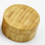 Choc crème cosmétique avec les couvercles en bambou