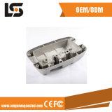 アルミニウムCNCの機械化の部品が付いている車のアクセサリのためのダイカストを