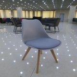 Garten-Möbel-moderner speisender Plastikim freienfalz-Stuhl