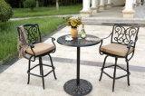 Muebles de jardín de aluminio fundido a la mesa de comedor al aire libre con mesas y sillas