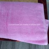 中国の工場高品質のCusotmizedの刺繍のロゴの100%年の綿の白いホテルタオルか浴室タオル