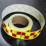 A roupa da segurança Sew na fita reflexiva para a veste da segurança