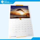 カスタムフルカラーのオフセット印刷の壁掛けカレンダー