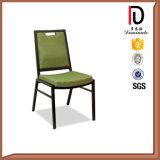 安定したスタッキングの金属のアルミニウムレストランの椅子のブロムA032
