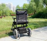 [س] يوافق كرسيّ ذو عجلات حديثة مع [كست بريس]