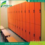 Casier en résine phénolique orange à faible coût 12mm pour salle de gym