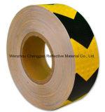 Flecha amarilla negro Material reflectante menguando la cinta para camiones