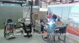 機械を引っ張るアルミニウム凹み